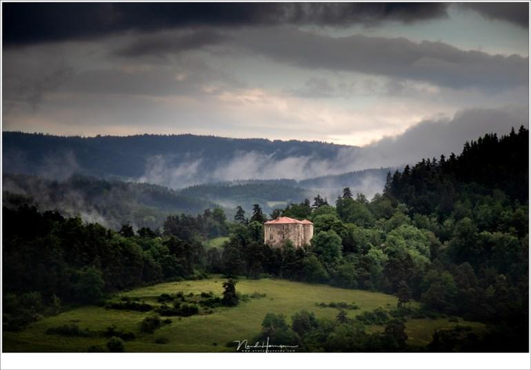 Wanneer de regen voorbij is, en de wolken breken, kan het heel bijzonder worden. (EOS M50 + EF-M18-150mm @ 122mm | ISO320 | f/8 | 1/250)