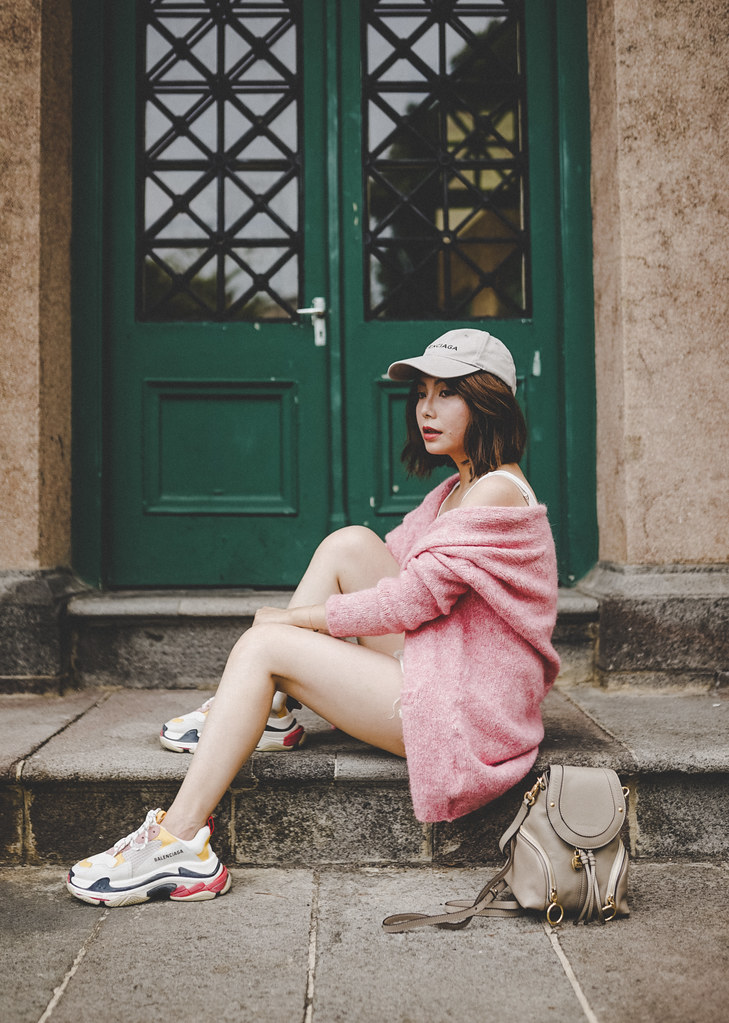 ▌Outfit ▌太甜膩?American Vintage毛衣外套 + Balenciaga Triple S Sneakers + See by Chloe Olga
