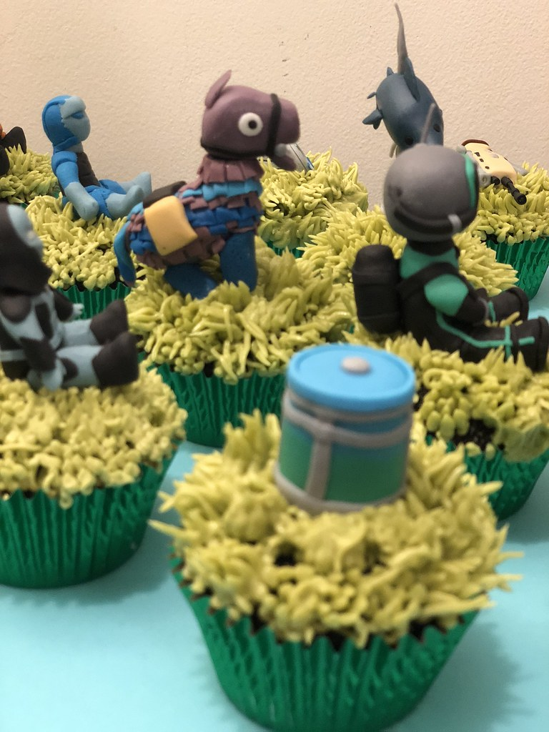 fortnite cupcakes  Little Miss OCs Kitchen  Flickr