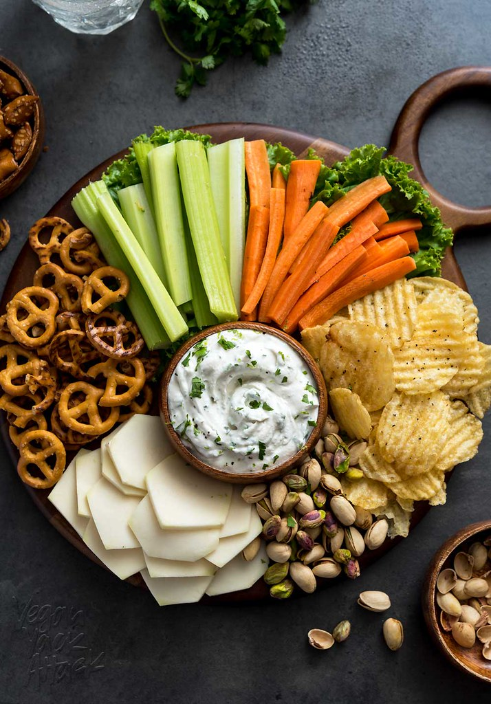 With sports events and family gatherings coming back in full swing, make this SUPER easy Cilantro Onion Dip Party Platter for every appetite! Vegan, Gluten-free #lenoxusa #dansk #platter