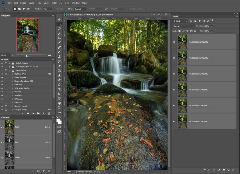 Stap 3 Focusstacking = alle foto's zijn als lagen in Photoshop geladen. Doe je dit niet via Lightroom maar met losse bestanden op je harde schrijf, dan zul je dit handmatig moeten doen.