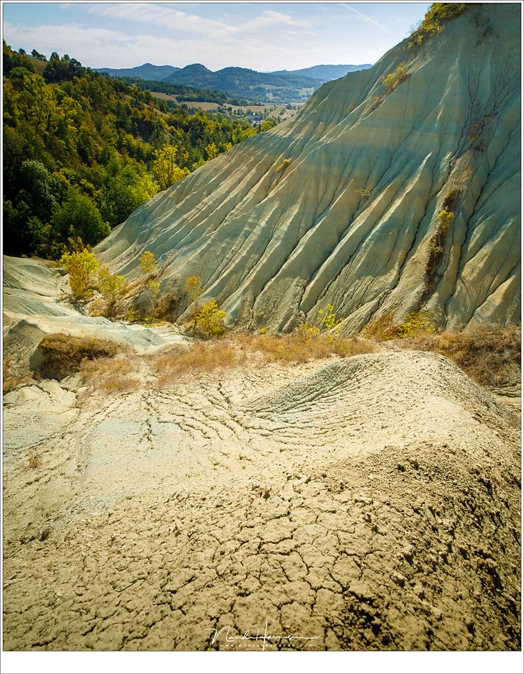 De geërodeerde hellingen van Ravin Corboeuf