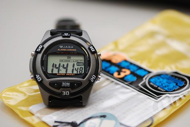 JAGA電子錶 | 托黃旭的福,團購了這隻Army-Sir版指定當兵專用電子錶。上國中之後就再也沒戴過電子錶了!不看 ...
