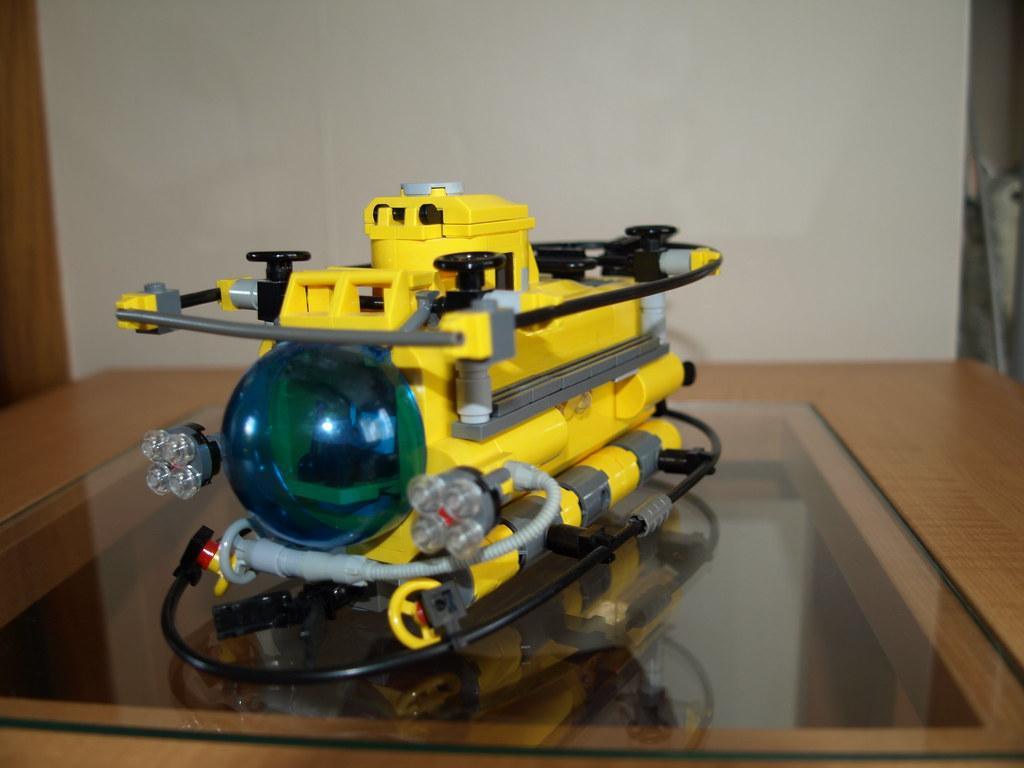 Lego Submersible Lego Guy Flickr