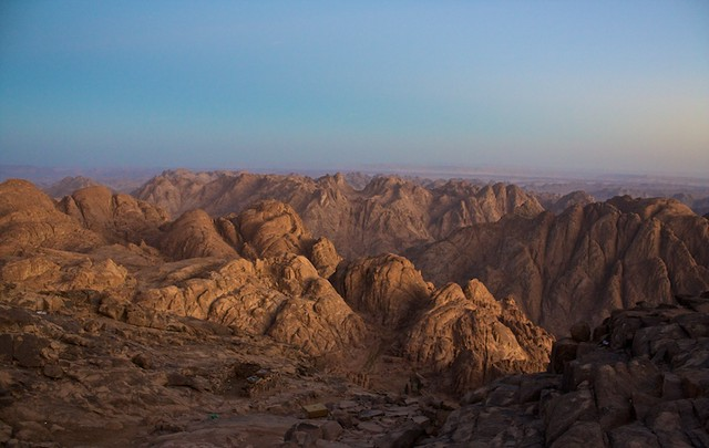 Climbing Mount Sinai Egypt  Sinais mountains in the