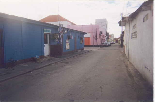 12  Aruba  San Nicolas  19991227  We decided to go to Sa  Flickr