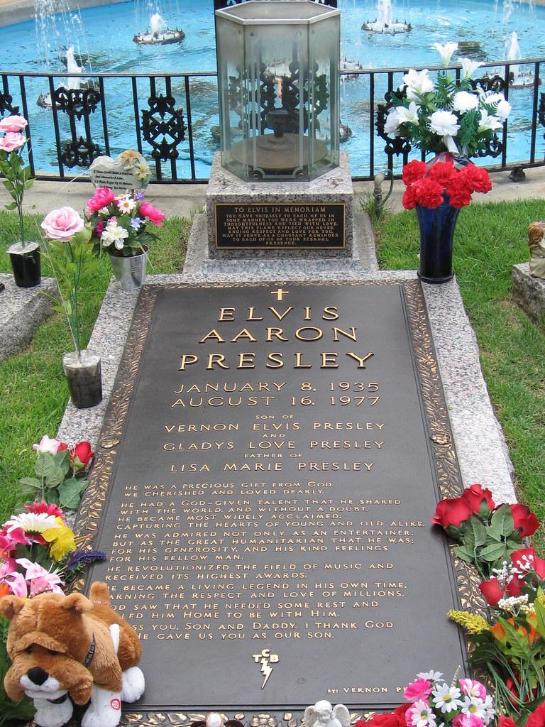 3d World Wallpaper World Elvis Presley Graceland Tomb Here Lies Elvis Presley Or