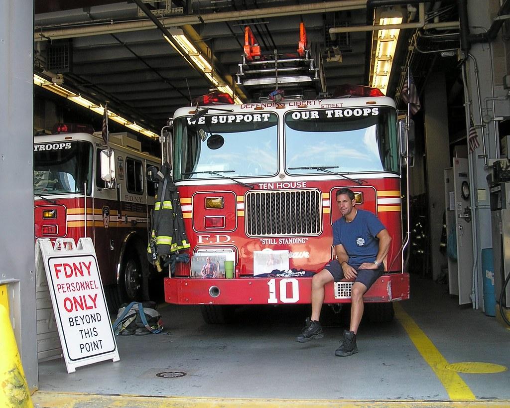 E010l FDNY Ten Truck Ladder 10 World Trade Center New