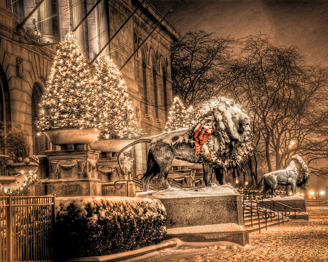 Chicago Art Institute Lions With Christmas Wreath 4 Flickr