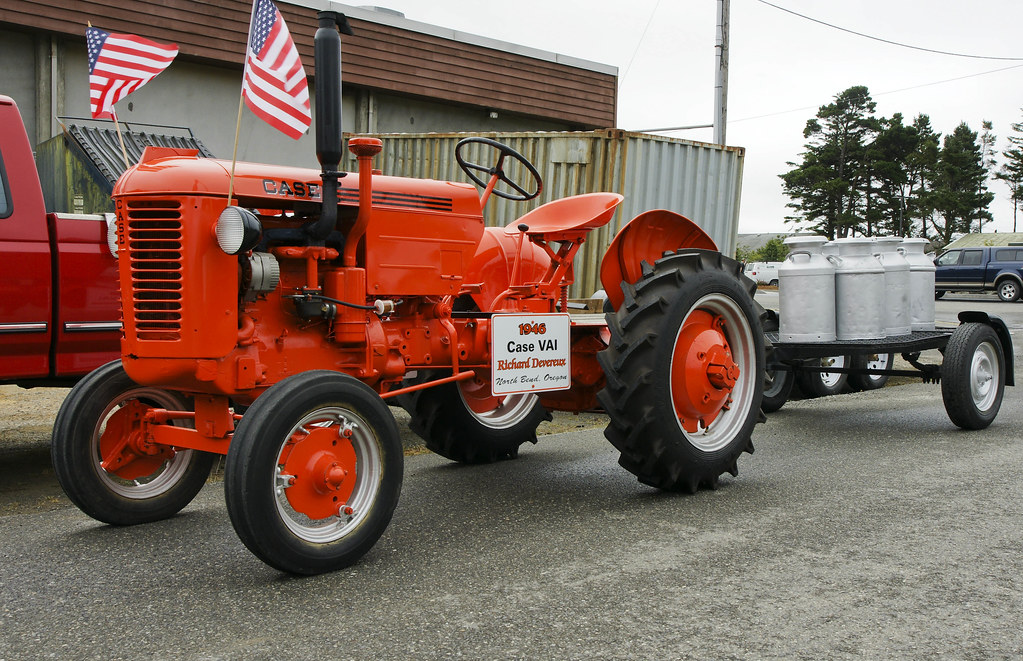 1946 CASE VAI DSC00322 Old Farm Tractor Owned And