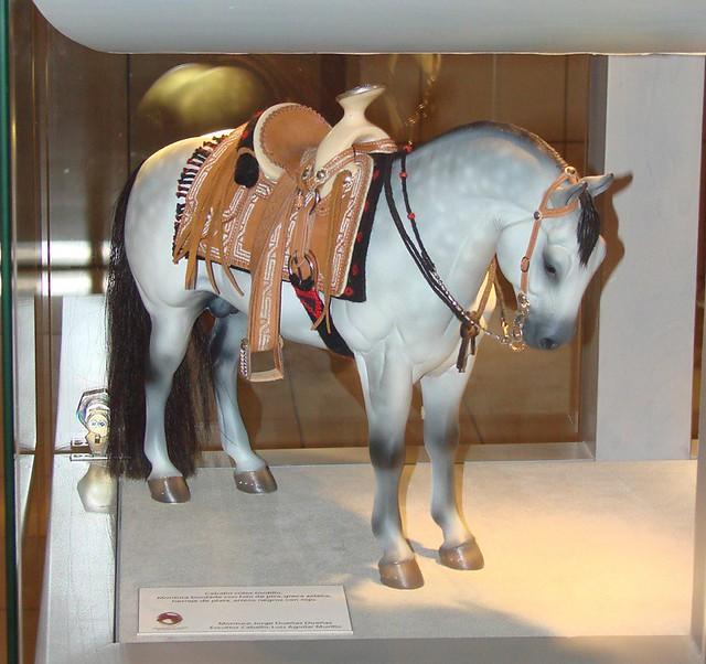 Montura charra miniatura con caballo escala 16  Mexican