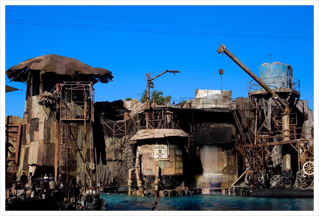 Waterworld Atoll Toxic Tank Universal City CA Stage