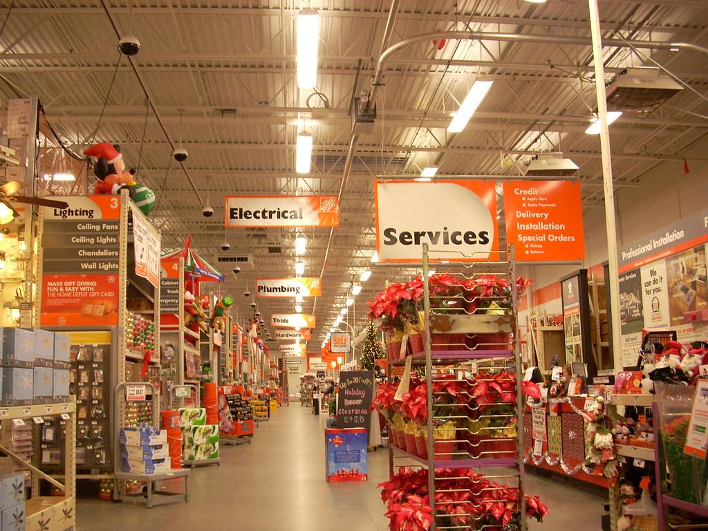 Home Depot Interior  Home Depot #4650 (104,911 Square