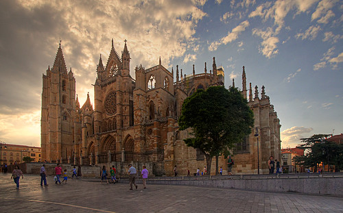 Catedral al atardecerLeonSpain  Flickr  Photo Sharing