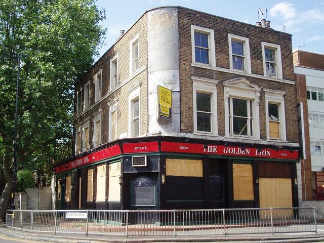 Golden Lion Bermondsey SE16  Pub opposite South