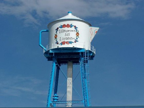 Teapot Water Tower Photo 1  Towering over downtown