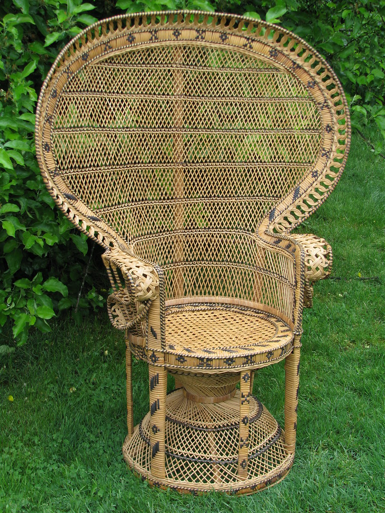 Morticia Addams Family Chair  6044  Morticia Addams
