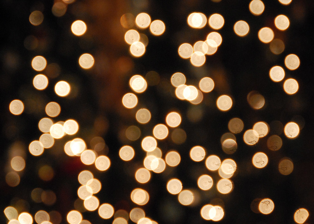 Hd Fall Wallpap White Christmas Lights Bokeh Hard To Really Get Much Of