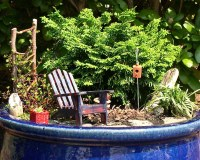 A Backyard Mini Garden   I'm going to make this one into a ...