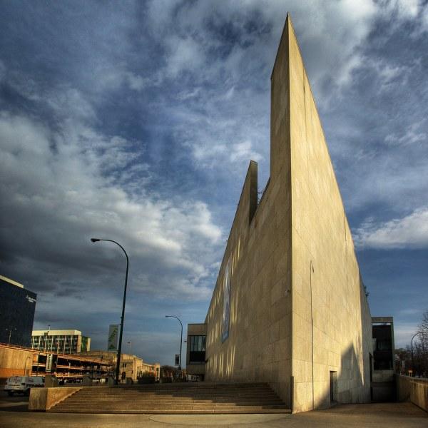 Winnipeg Art Memorial Boulevard