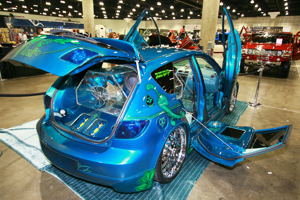 DUB Show Tour LA 2008 CARS AND RAPPERS Cars And