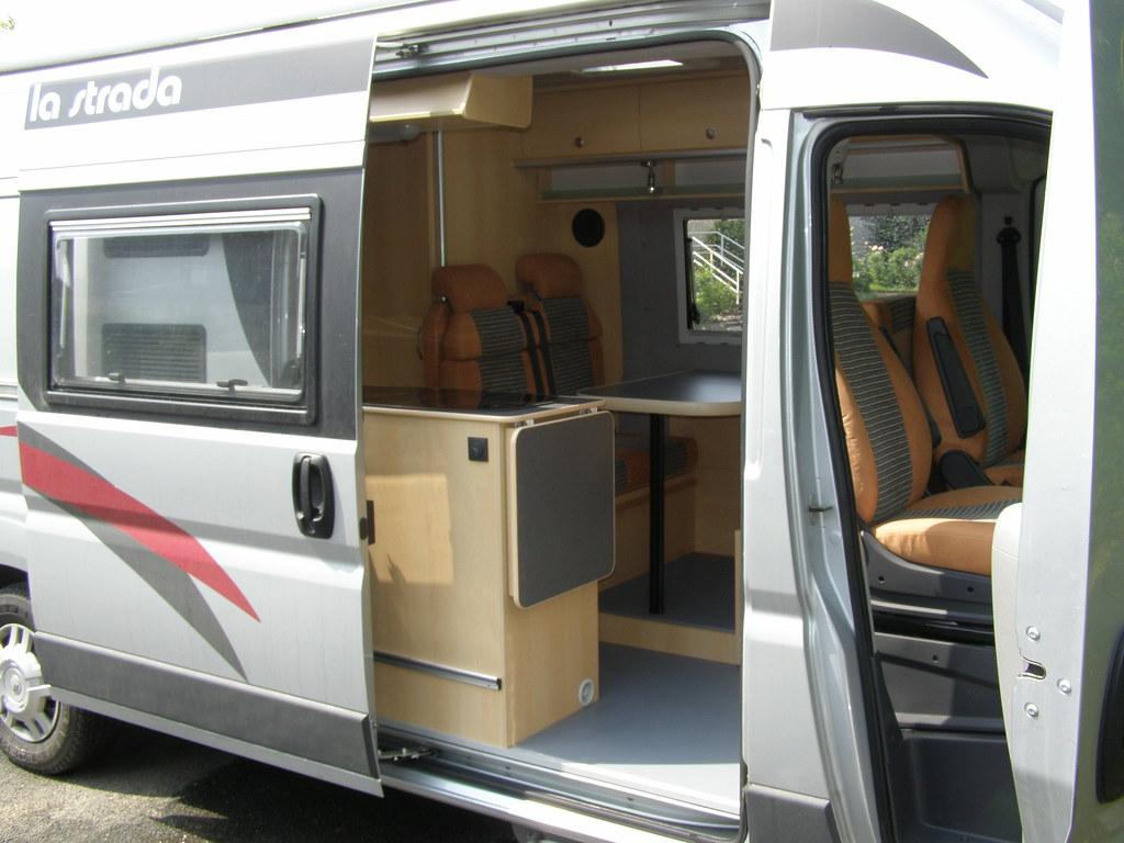 k chenblock wohnmobil selber bauen wohnmobil regal. Black Bedroom Furniture Sets. Home Design Ideas