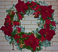 Red Wreath Over the Fireplace | Michele Delsignore | Flickr
