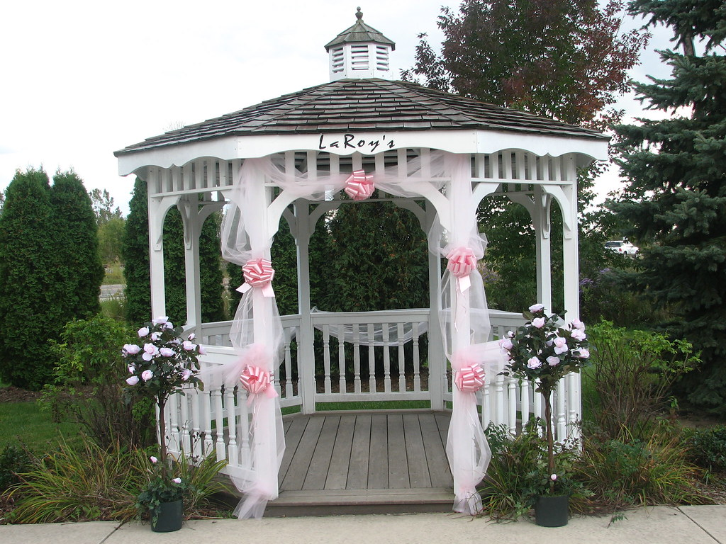 Decorated Wedding Gazebo  A early fall day awaits this