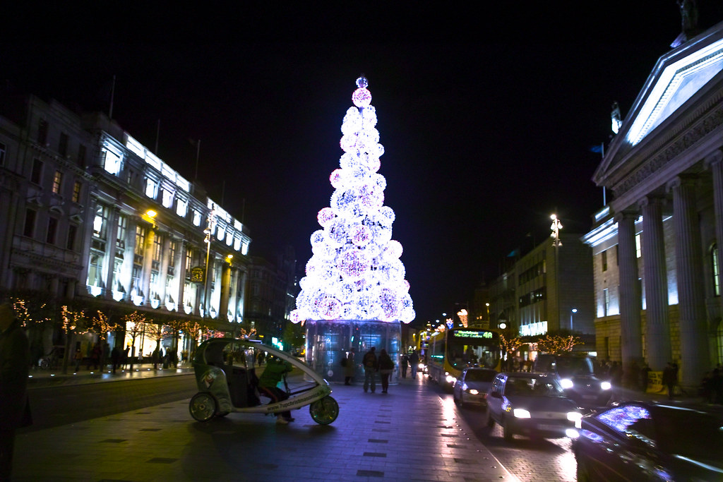 A French Designed Christmas Tree Is Lighting Up Dublin S O