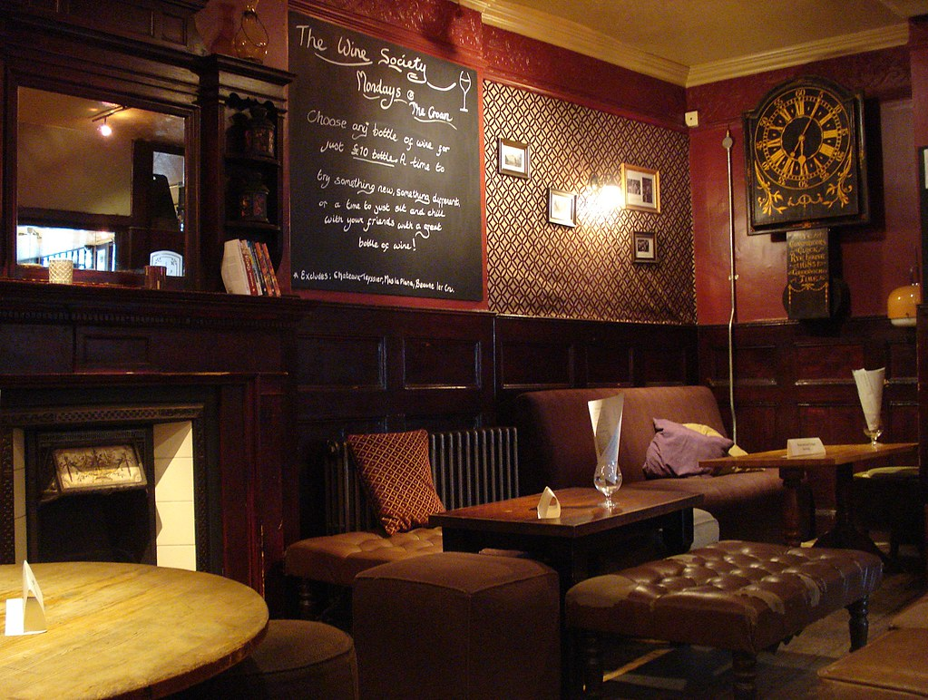 Back Room At The Crown Tavern Clerkenwell Green London E