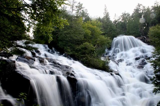 Chutes Waber Falls Parc National de la Mauricie  15 hrs