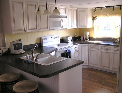 maple glazed kitchen  This kitchen is 10 feet wide in a