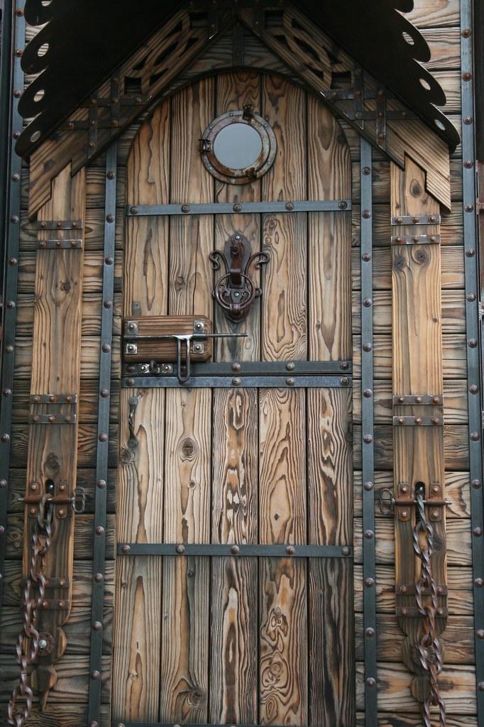 rustic outdoor kitchen granite countertop celtic door   nicole lee flickr