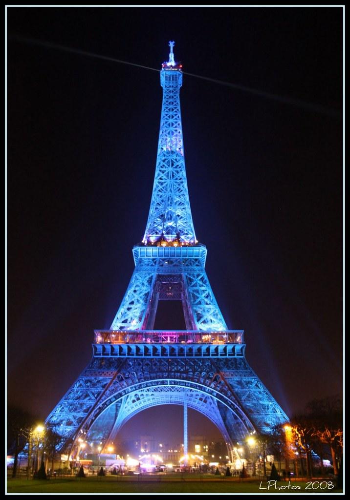 Tour eiffel  salire sulla torre e vedere parigi dallalto