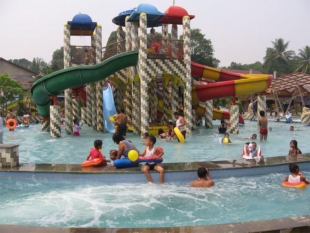 Water Boom Kukusan Depok Kolam Renang Water Boom Water