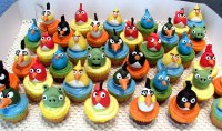 Angry Bird Cupcakes | Cupcakes with angry bird decoration ...