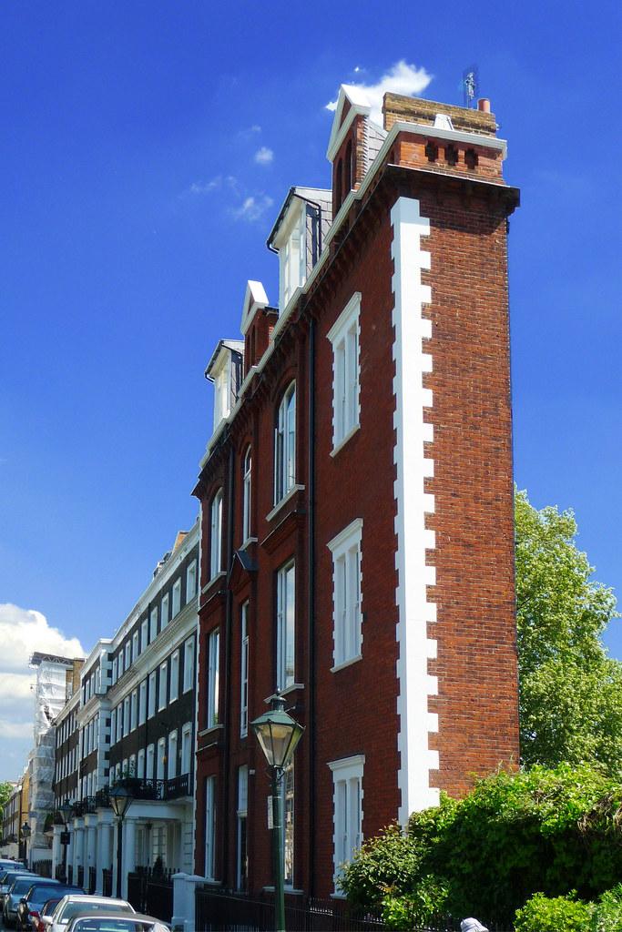 Thurloe Square South Terrace  Britain has the smallest
