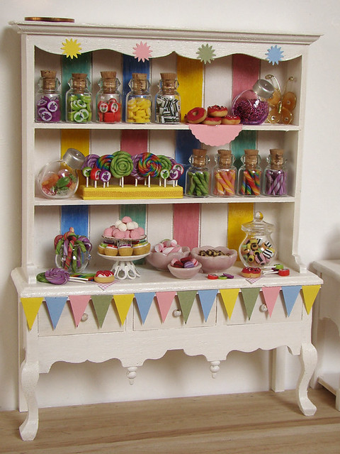 Miniature Food  Dollhouse Candy Cabinet 1  Aprs une