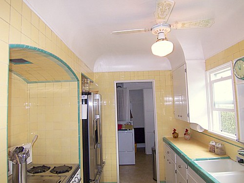tiled kitchen countertops 8 island la yellow and green tile   misscandydarling flickr