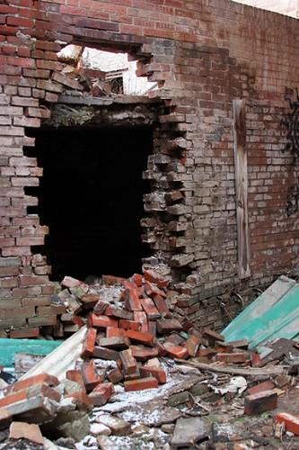 Broken Wall | Basket Bawful | Flickr