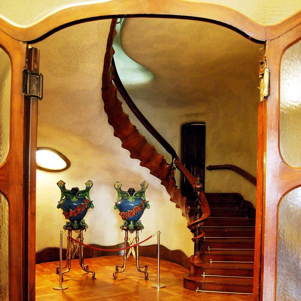 Casa Batll Escalera C1 13768  Casa Batll Paseo de Gracia  Flickr