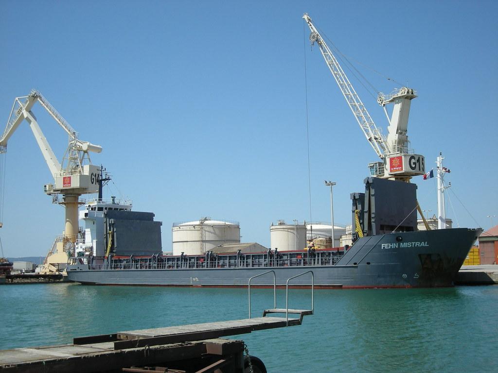 Le Port De Commerce De Port La Nouvelle Le Port De Commerc Flickr