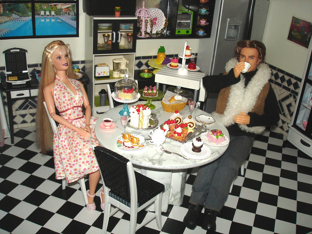 Barbie diorama  Kitchen  Barbie Hollywood Nails e Kurt com  Flickr