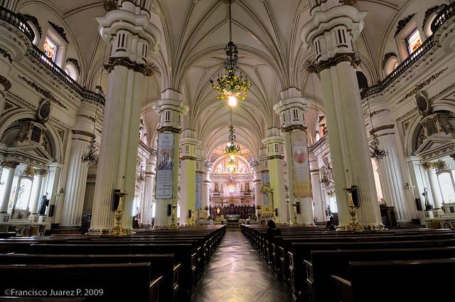 Interior de la catedral de Guadalajara  Algo de