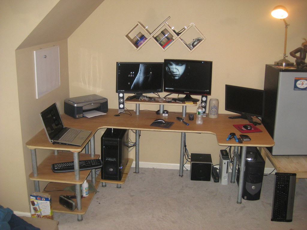Home built desk  Heres the completed desk that i made