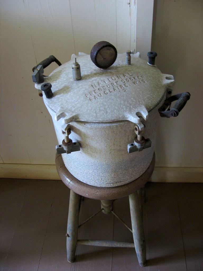 Vintage National Pressure Cooker Eau Claire Wis 12  Flickr