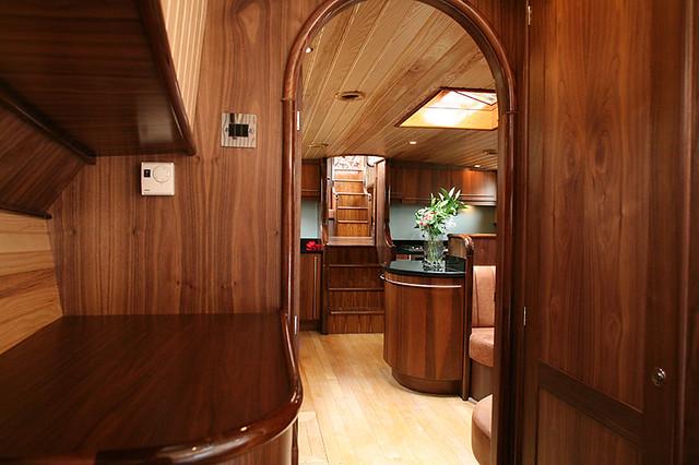 WalkerBoatscom Dutch Barge Interior  Frank Walker www