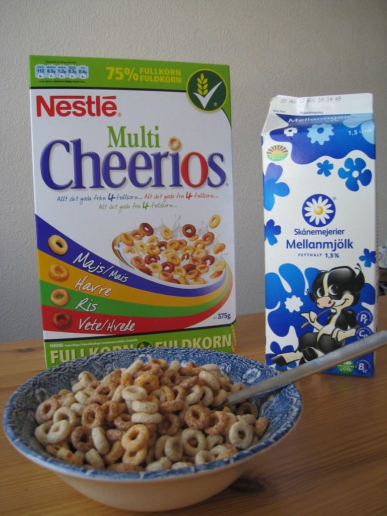 Flingor  Cereal Mellanmjlk is the milk Mellan  medium