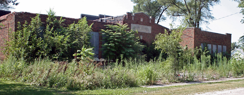 Tovey IL  Abandoned Grade School 1 of 2  For Sale