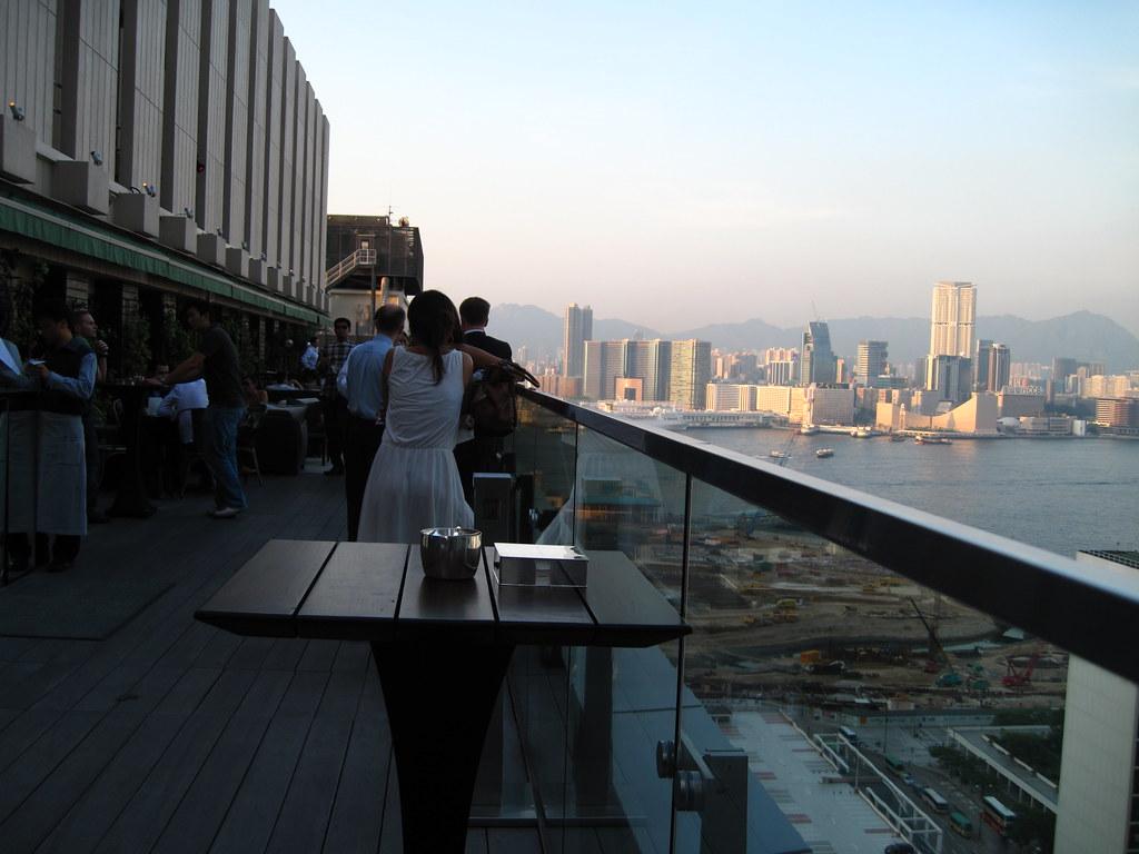 Sevva HK roof bar